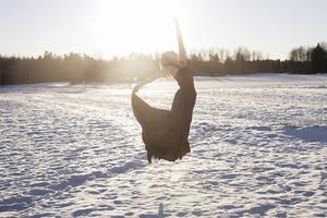 Foto: Agnes Thor. På bilden syns dansaren Ellinor Ljungkvist som kommer att medverka på dansfestivalen