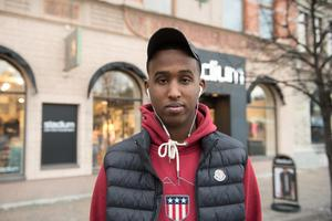 Bile Yusuf, 17 år, student, Nacksta