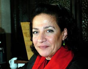 Författaren Hoda Barakat som tidigare finns på svenska med den prisbelönade romanen