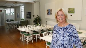 Vasaskolans gamla gympalokaler är numera gemensamhetslokal för seniorlägenheterna på Karlslundsgatan, berättar Ann Brook som är seniorsamordnare vid Öbo.