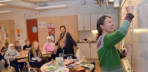 Ottilia Adelborgspristagaren  visade också hur hon jobbar.