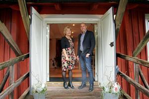 Dörrarna är öppna på Kånsta kvarn i helgen då Hallsbergs kommun har öppet hus. Tidigare i  veckan besökte  Landshövding Maria Larsson  kvarnen tillsammans med Magnus Andersson, (S), kommunstyrelsens ordförande i Hallsberg.