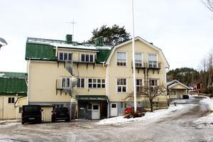 Att avveckla en av kommunens bästa skolor i ett av kommunens mest eftertraktade områden signalerar varken framtidstro, utveckling eller trovärdighet och bidrar inte till att göra Sundsvall mer attraktivt, skriver