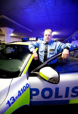 Kenneth Magnusson hos Kramforspolisen tror att jägaren kan ha drunknat när han försökte rädda sin hund. Foto: Dennis Pettersson/arkiv