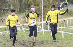Stora Tuna tog hem herrarnas elitklass med  Henrik Johannesson, Olle Kalered och slutmannen Emil Svensk i laget.
