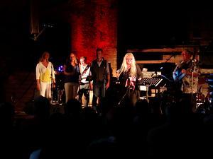 """Monica Törnell framförde såväl """"Känslan i maj, """"Heden"""" som """"En vintersaga""""."""