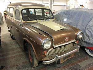 Denna Austin från 1959 användes av Netterqvist skeppshandel i Härnösand.