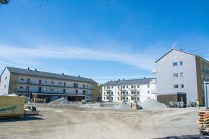 Det är bara några veckor kvar innan de första lägenhetsinnehavarna kan flytta in i de nya bostäderna på Odenvallen.