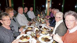Från vänster: Ann-Kristin Eriksson, Tuula Degerman, Per Ström, Ulf Öst och Göran Stenbeck. Från höger: Bengt Larsson, Maj-Lis Ryr, Mats Sävneby, Hans Andersson och Roger Borlund. Bild: Gitte Johansson.