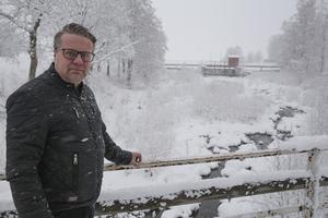 Vi har valt att stå några veckor med kraftstationerna i Ludvika och Lernbo. Helt planerat eftersom vi inte haft så jättemycket vatten efter den här torra sommaren och hösten, säger Mattias Holmström vid VB Energi.