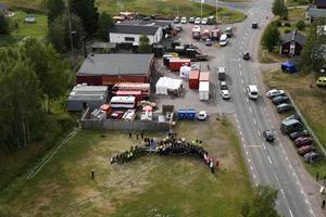 Stabsområdet och en del av den personal som fanns på plats under den stora branden på Älvdalens skjutfält.