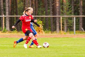 Matilda Persson gjorde en bra match i hemmaförsvaret.