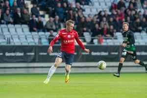 Emil Skogh har rutin från spel i superettan – och tror att VSK kan överraska som nykomling. Foto: Stefan Kroll