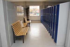Otrygga regler och otrygga skolmiljöer har gjort att elever farit illa, skriver insändarförfattarna.