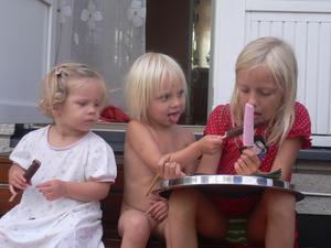 barnbarnen myser med glass