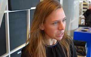 Johanna Sahlman, Halebops vd, uppmärksammar de anställda i Borlänge.