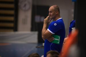 Ivica Zubac fick ingen rolig tävlingsmatchpremiär som Lif Lindesberg-tränare.