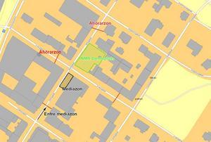 Nordiska motståndsrörelsen kommer att hålla ett möte på Garvarns torg i centrala Ludvika på 1 maj, grönmarkerat på kartan. Motdemonstranter får hålla till i två åhörarzoner, i rött. Karta: Polisen