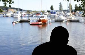 Gamla kommunavtal möjliggör båtstölder skriver insändarskribenten. Bild: Sofie Wiklund (montage).