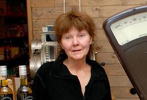 Jill Magnusson flyttade hem från Stockholm för att hålla liv i lanthandeln.