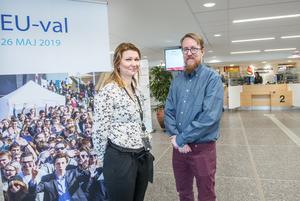 Sundsvalls EU-kontor ligger i kommunhuset. Linda Hallgren är EU-samordnare och Simon Axbrink Jönsson har just nu fokus på det treåriga projektet Europa Direkt.