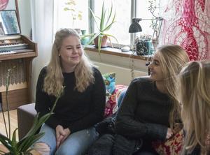 Matilda Sjögren är Rebicycles kommunikatör och hoppas hennes nätverk kan komma till nytta. Thelma Hollanti är företagets adminstratör.