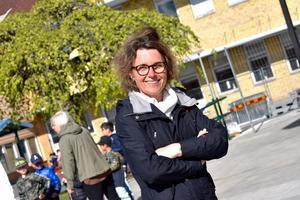 Maria Sparre, rektor på Mogärdeskolan, hoppas kunna ge eleverna en mysig och trevlig skolavslutning trots vissa restriktioner på grund av coronapandemin.