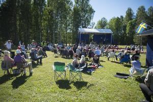 Arrangörerna uppskattar att det var mellan 350-400 besökare under dagen.