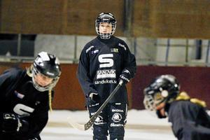 Michelle Löfblad missade hela förra säsongen – men nu är hon tillbaka för att vinna SM-guld med SAIK.