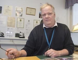 Lars Jonsson vid Nynäshamnspolisen är ordförande i kommunens viltvårdslag.