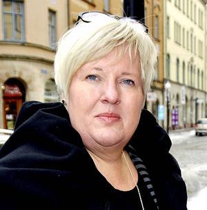 Maria Bäckman, länsverksamhetschef, bekräftar att medicinavdelningarna i Sollefteå delar på sig igen om en dryg vecka. Foto: Arkiv