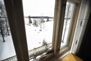 Utsikt från övervåningen över Storsjön.