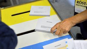 Tidigare röstade vi alltid den tredje söndagen i september. I år sker valet redan den andra söndagen i september, precis som för fyra år sedan, då bilden är tagen.