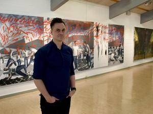 Erik Sigerud från Falun ställer ut för första gången i Dalarna. På lördagen är det vernissage på Rättviks konsthall.