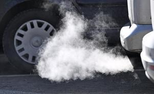 Luftkvaliteten i våra städer försämras av fordonstrafiken. Framför allt av höga halter partiklar och utsläpp av kväveoxider.