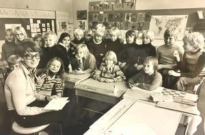 Klass 2 A på Lillhagaskolan 1977. Läraren heter Britt-Carin Enarsson. Foto: Per G Norén/VLT:s arkiv