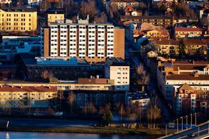 Östersunds sjukhus har tvingats reparera två MR-kameror efter förra veckans avbrott. Kamerorna kostar mellan 12 och 15 miljoner kronor att köpa in.