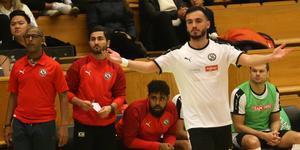Albert Hiseni har gjort nio mål på 26 A-landskamper och hängde två i debuten för ÖSK Futsal, borta mot IFK Göteborg i söndags. Men hemma mot Nacka Juniors på lördagen fick han lämna planen mållös.