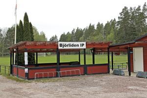 Motionspromenader med bingo och annat kul ordnas både på Björliden i Valskog och i Lockmora utanför Kungsör.