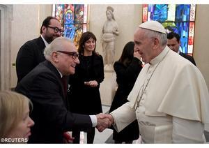 Martin Scorsese möter sin beundrare påve Franciskus. Foto: Reuters