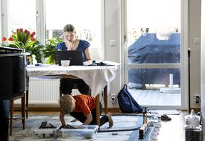 Studieförbunden lägger om så attfolkbildningen kan ske på distans i stor utsträckning. Foto: Pontus Lundahl / TT