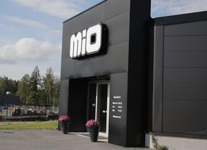 Mio-butiken vid handelsplatsen på Lyviksberget hade besök av mannen i torsdags.