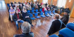 Mötet i Munktorp dagarna efter domen visade på fortsatt kampvilja bland sommarstugeägarna.