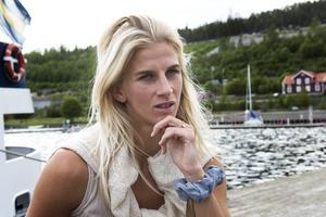 3c6d9448a170 Slutligen har vi den 29-åriga Sofia Jakobsson. Precis innan avresan till VM  i
