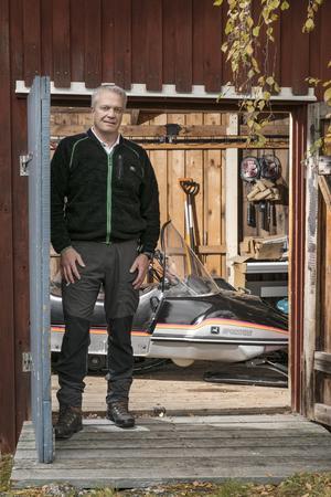 För Anders Eriksson är det ett stort nöje att få äga och köra en John Deere Sportfire från 1983.