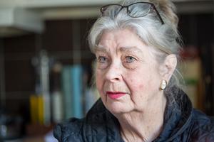 Anita Dandenell är nöjd med sitt nya, mindre boende. De flesta av favoritmöblerna fick plats.