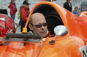 Hemmahopp. Nu är det dags för racerbåtstävlingar med Nordiska Mästerskapen i Formel 2, och hemmaåkaren Tommy Wahösten siktar på seger. Arkivfoto: Thomas Eriksson.