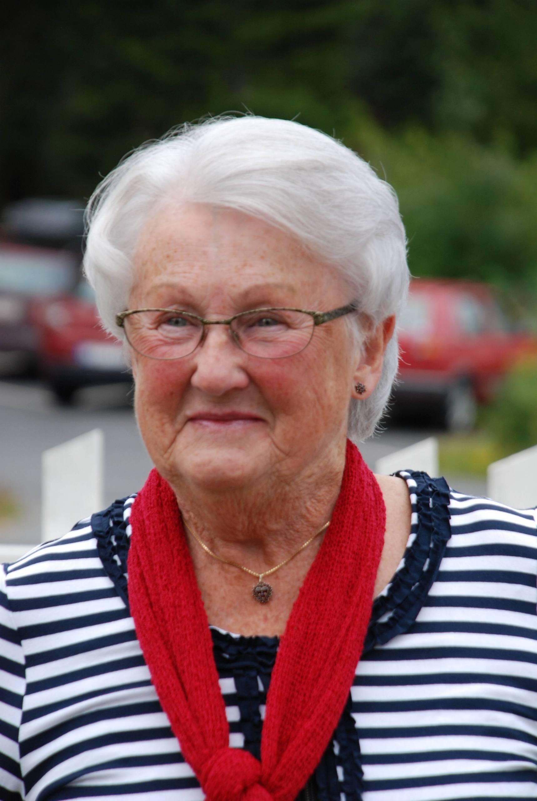 gamla mormor spruta