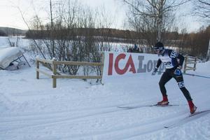 Markus Ottosson, Lager 157, vann herrarnas fyramil med tiden 1:59:39.