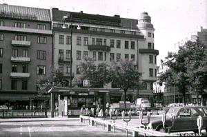 Järntorgskiosken, 1973. Fotograf: Okänd (Bildkälla: Örebro stadsarkiv)